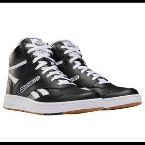 REEBOK BB4600 high cut leather basketball sneakers